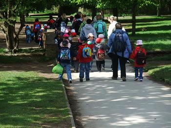 School trip - Photo by Lee Haywood at Flickr